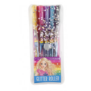 This pack of 5 glitter gel pens comes in a silver star covered carry case secured with a pink fastener. The five pens are glittery yellow,  glittery pink, glittery blue, glittery purple and glittery black. Each pen is decorated with a member of the Top Model gang.