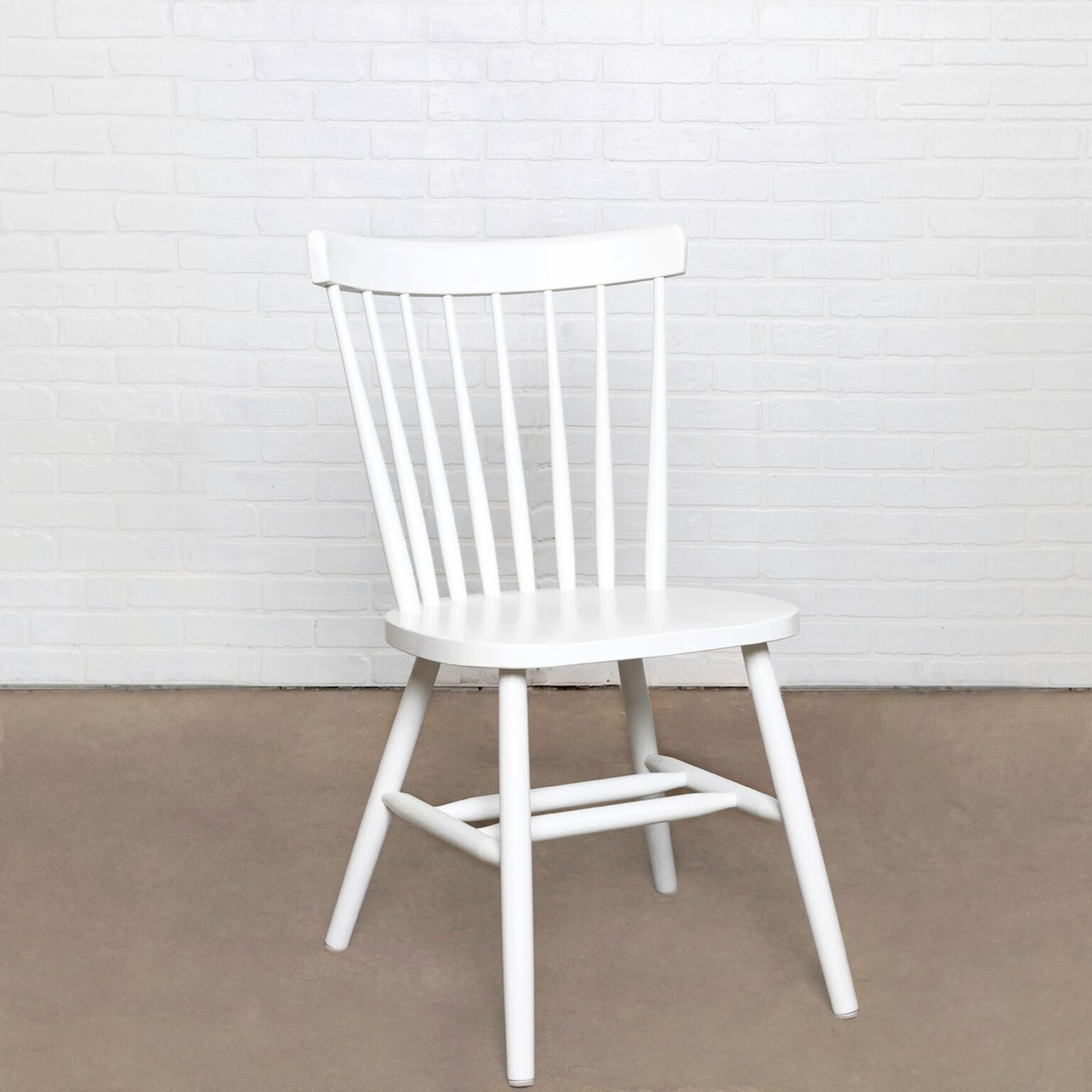 Seating | The Oslo Chair | WW SKU: 285	  and KK SKU: OSL-DC-1, Width: 17.5, Depth: 35, Height: 16, Weight: 16 | Wood | Wood |