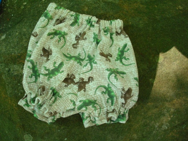 Waterproof pul Baby Boy's Shortie Pull Up Diaper Cover - Frogs and Lizards 702