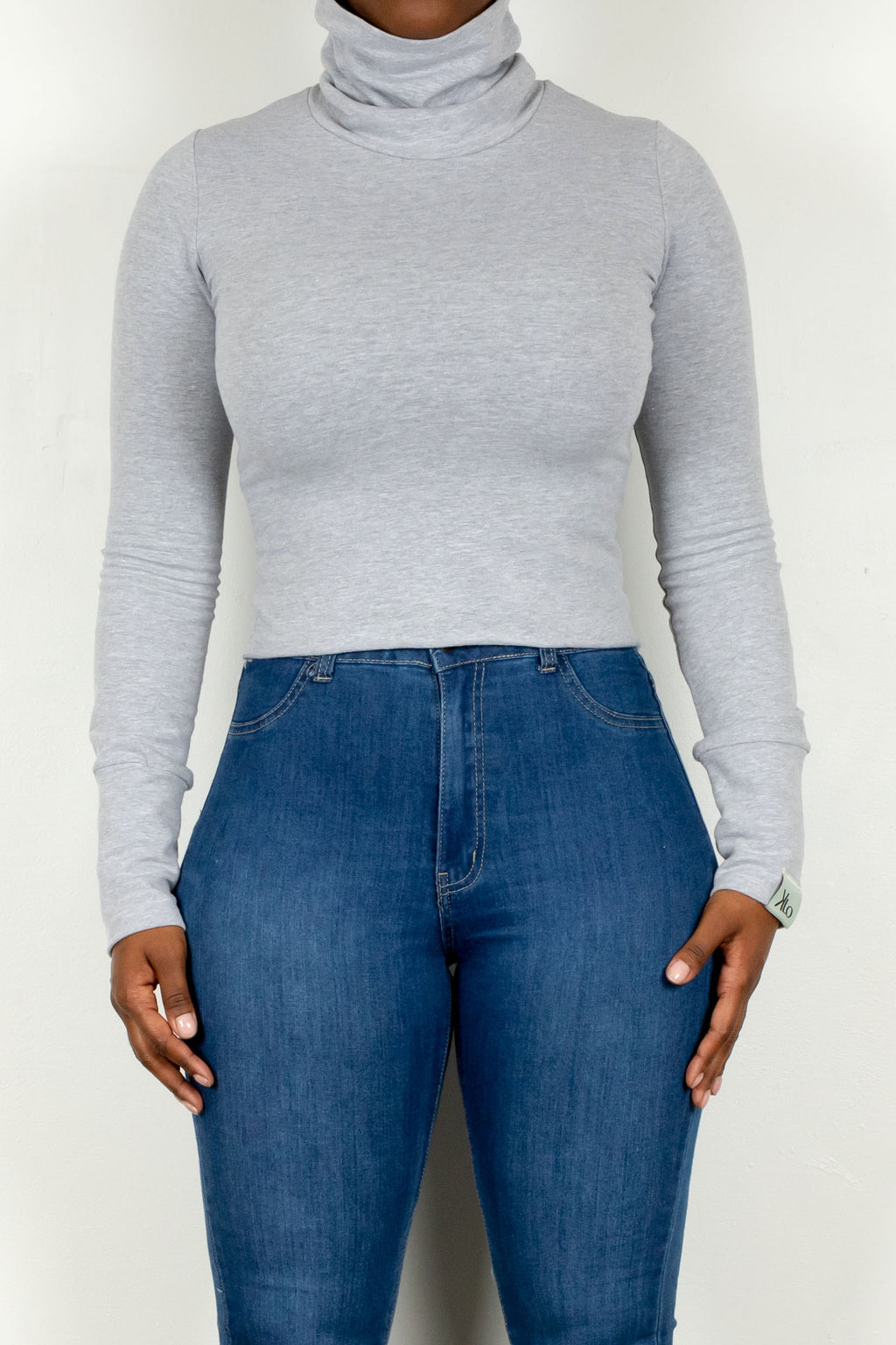 Shiloh Turtleneck (Heather Grey)