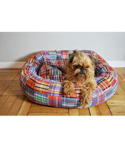 Load image into Gallery viewer, Madras Dog Bed - Supreme Paw Supply
