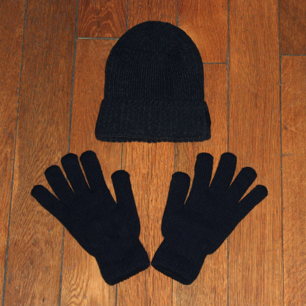 Thermal Hat and Gloves - Linkey, homeless initiative London