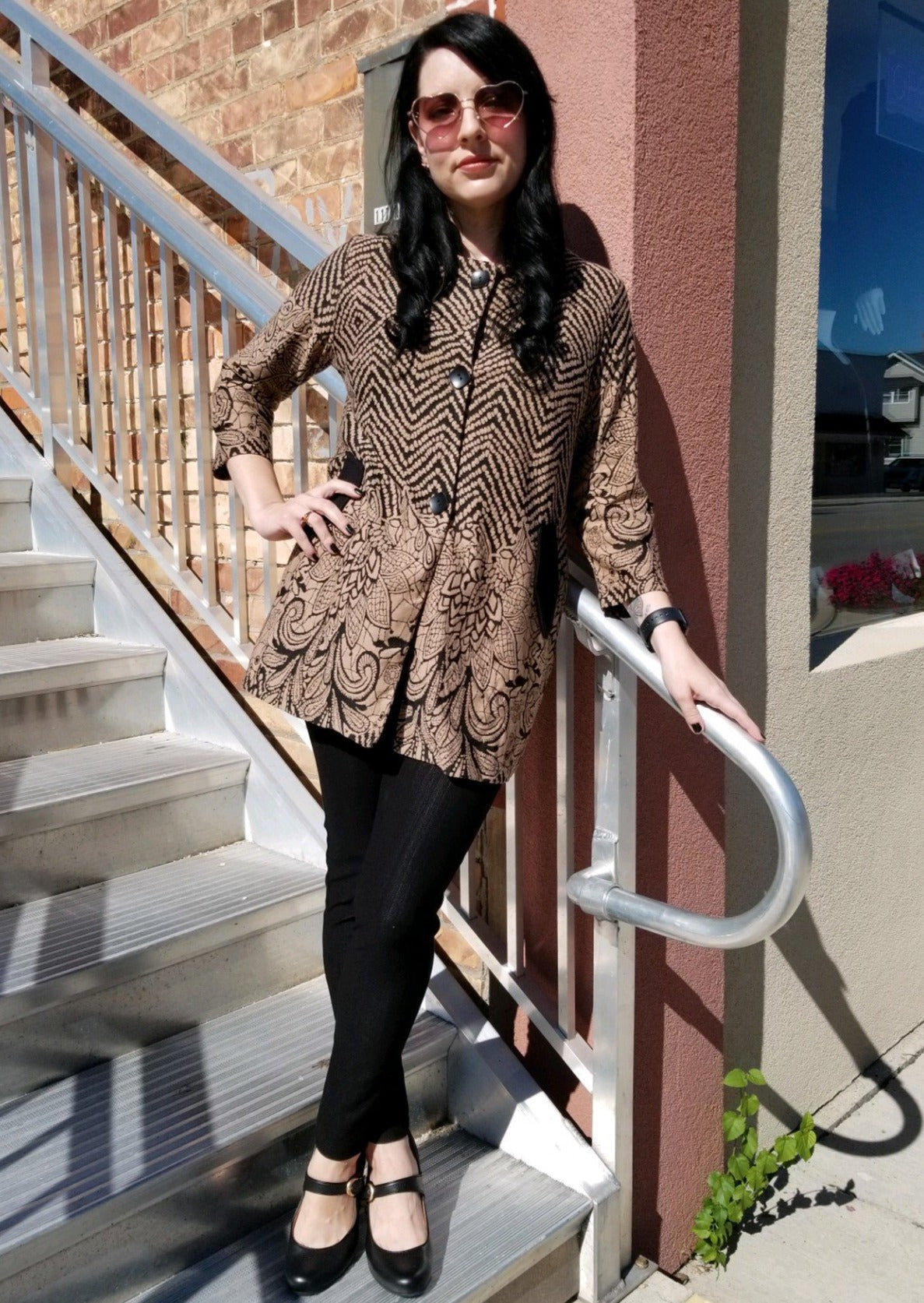Elegant Yet Casual Tunic or Jacket in Mocha & Black - You-nique Bou-tique