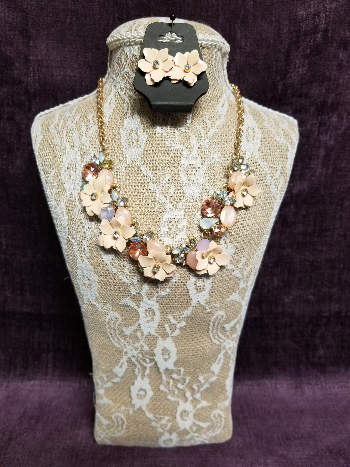 Floral & Crystal Necklace Set in Swanton - You-nique Bou-tique