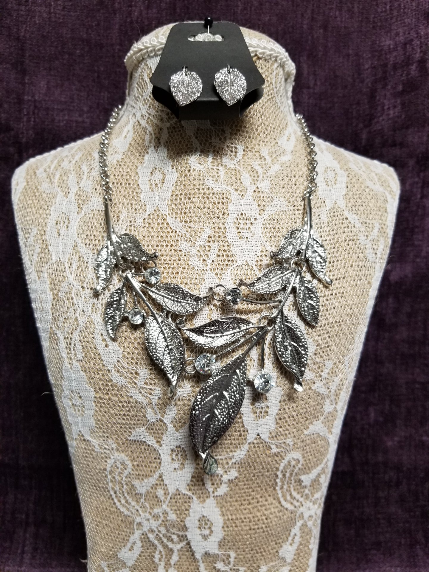 Stunning Silver Leaves Necklace Set with Crystals in Swanton