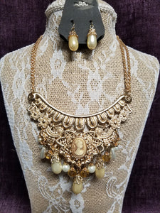 Victorian-Inspired with Pearls & Cameo Necklace Set in Swanton