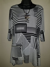 Black & White Geo Print with Zip Pocket in Swanton - You-nique Bou-tique