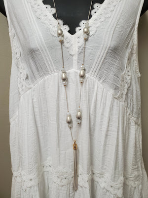Sweet & Flattering Sleeveless Tunic - You-nique Bou-tique