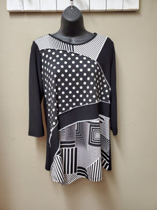 Slimming Black & White Graphic Mixed Pattern Tunic - You-nique Bou-tique