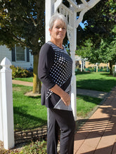Slimming Black & White Graphic Mixed Pattern Tunic