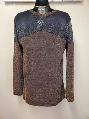 Stunning Lace Contrast Top with Gold Glitter & V Neckline - You-nique Bou-tique