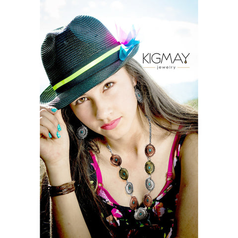 Tri-Color Medallion Necklace - Kigmay Jewelry - New York