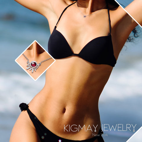Round Solitaire Rays Pendant Necklace - Kigmay Jewelry - New York