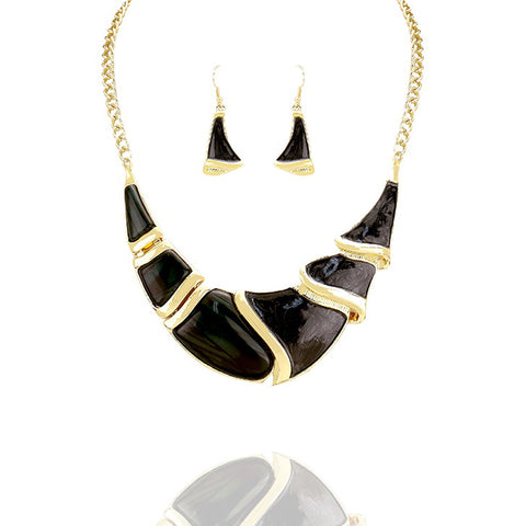 Black Crescent Statement Necklace - Kigmay Jewelry - New York