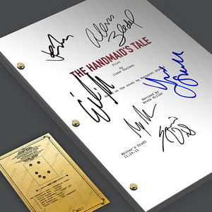 The Handmaid's Tale - Pilot Episode TV Script Screenplay  Signed Autograph Reprint  -  Elizabeth Moss, Alexis Bledel, Yvonne Strahovski