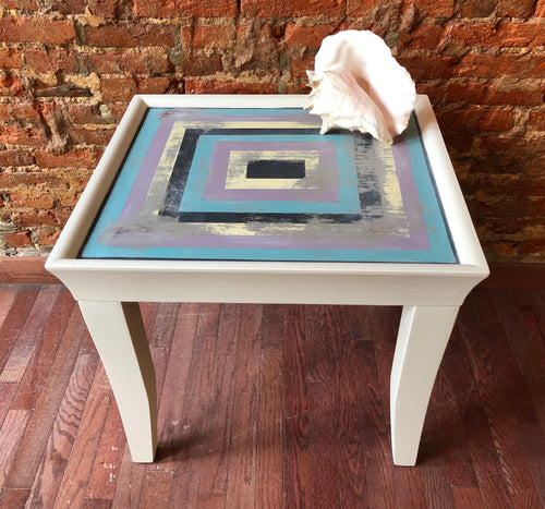 Unique Square Table