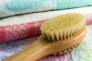 Health + Beauty Benefits of Dry Skin Brushing