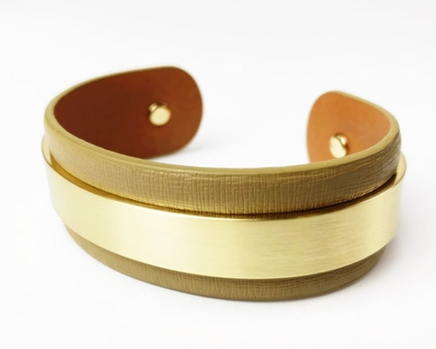 Nahmu Tan and Gold Cuff