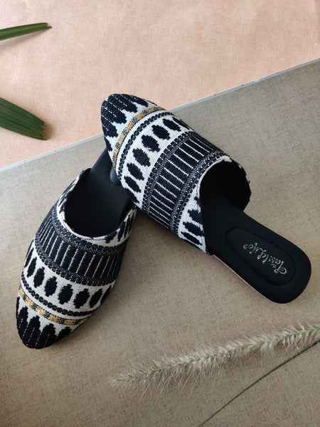 Textured Black Vegan Mules - The Tassle Life