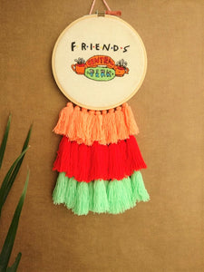 FRIENDS Dreamcatcher - The Tassle Life