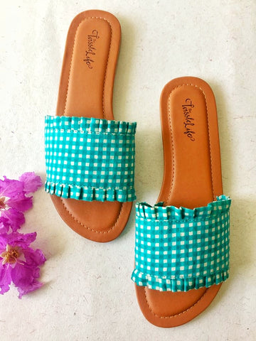 Gingham sliders - Blue - The Tassle Life