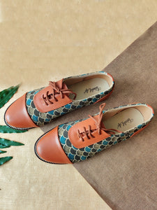 Oxfords - Fish Brown & Blue Azrak Print
