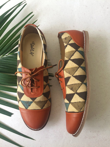 Oxfords - Multi-Triangle Azrak - The Tassle Life