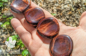 Tiger's Eye, Red Worry Stone