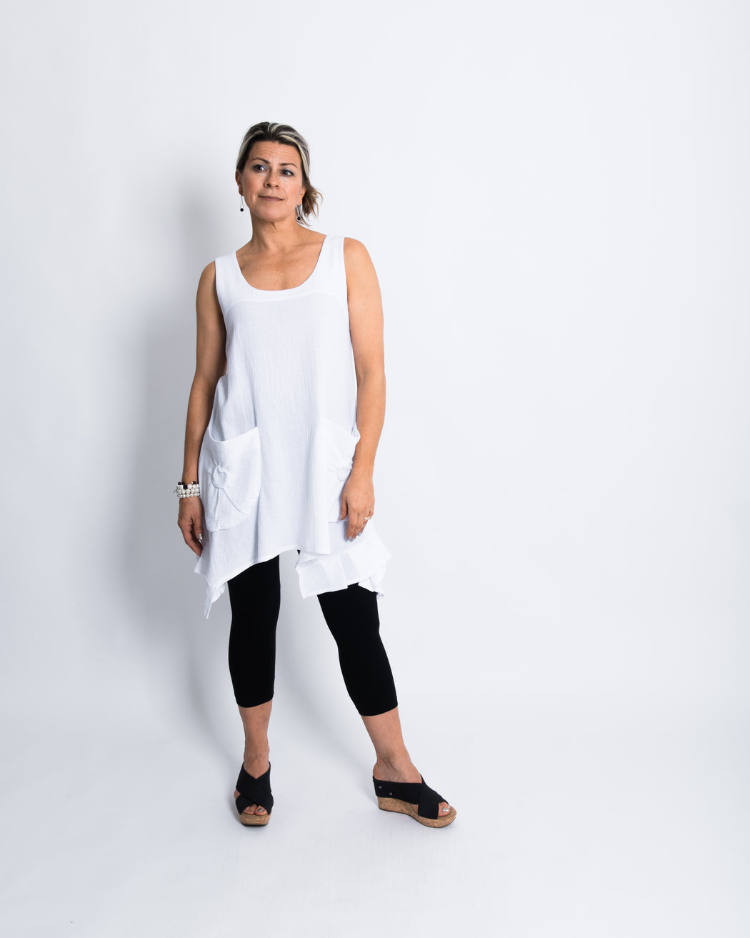 TUNIC W/POCKETS