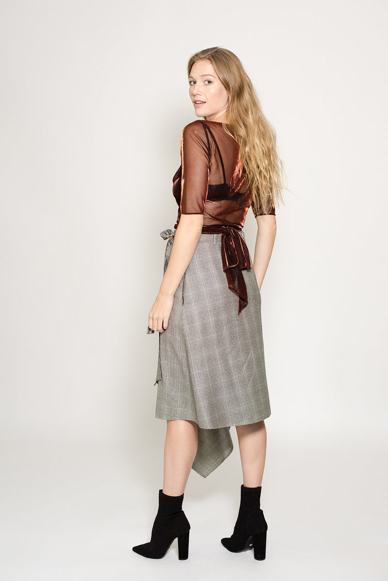 Festive wrap skirt in plaid wool for women size 10, size 12 and size 14