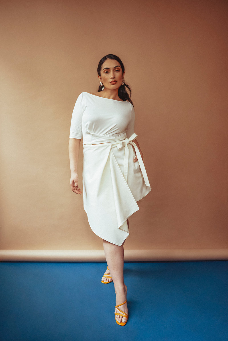 Dreamy plus size summer white denim look for women