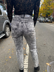 Vintage 80s Acid Wash Dark High Waisted Mom Jeans