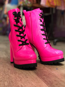 Hot Pink Platform Boots | Shoes - 80s 90s Retro Vintage Clothing | Spark Pretty