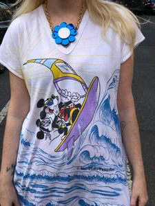 Vintage 80s Mickey And Minnie Mouse Windsurfer T-shirt