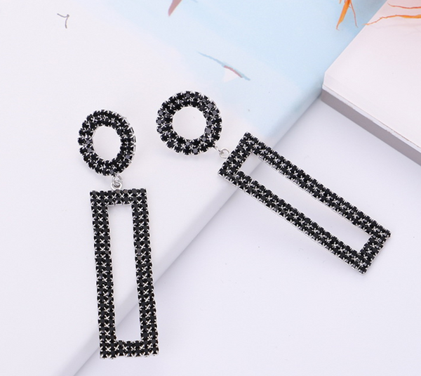 Pat Sparkle Earrings
