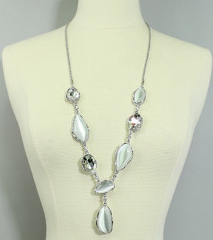 Elegant Long Pendant Necklace Set