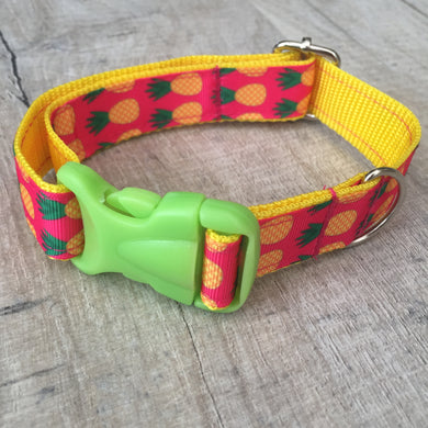 Dog Collar - Pineapple with Green Plastic Buckle - Size Medium