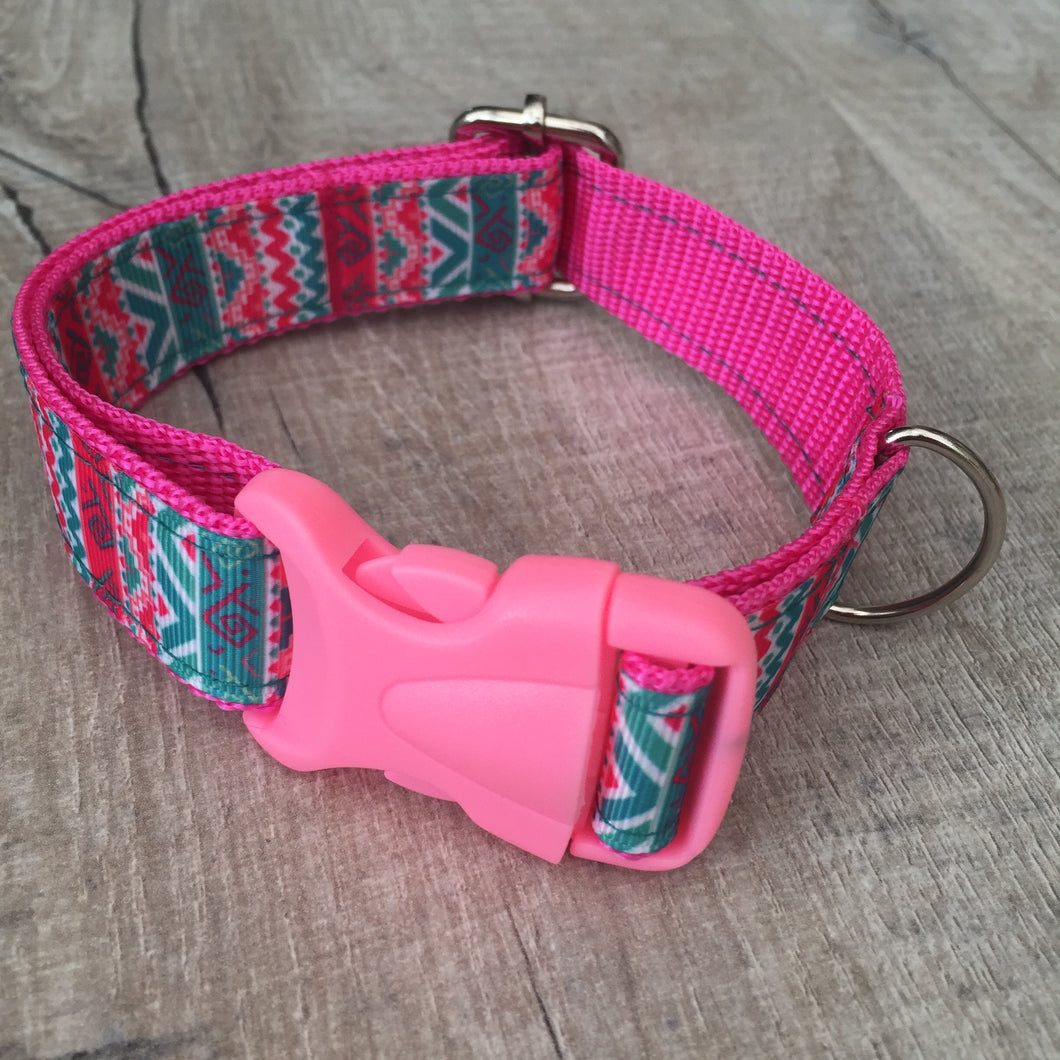 Dog Collar - Aztec with Pink Plastic Buckle - Size Medium