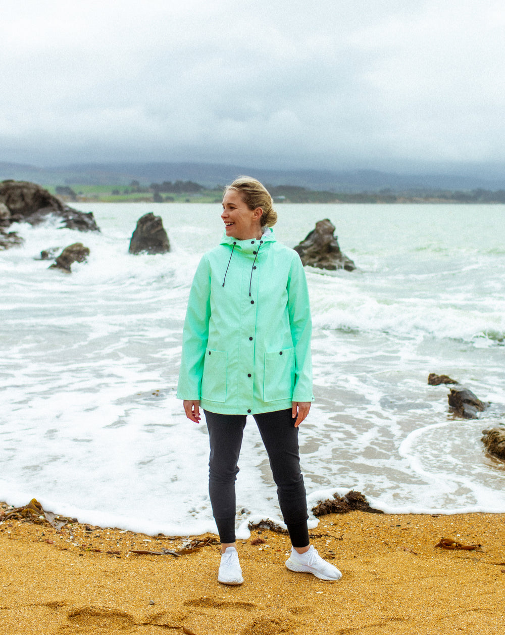ELLA SHORT RAIN JACKET - MINT