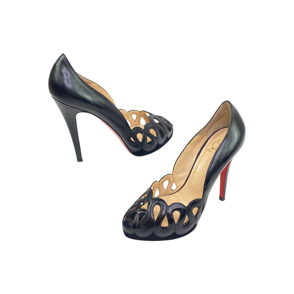 louboutin pumps black