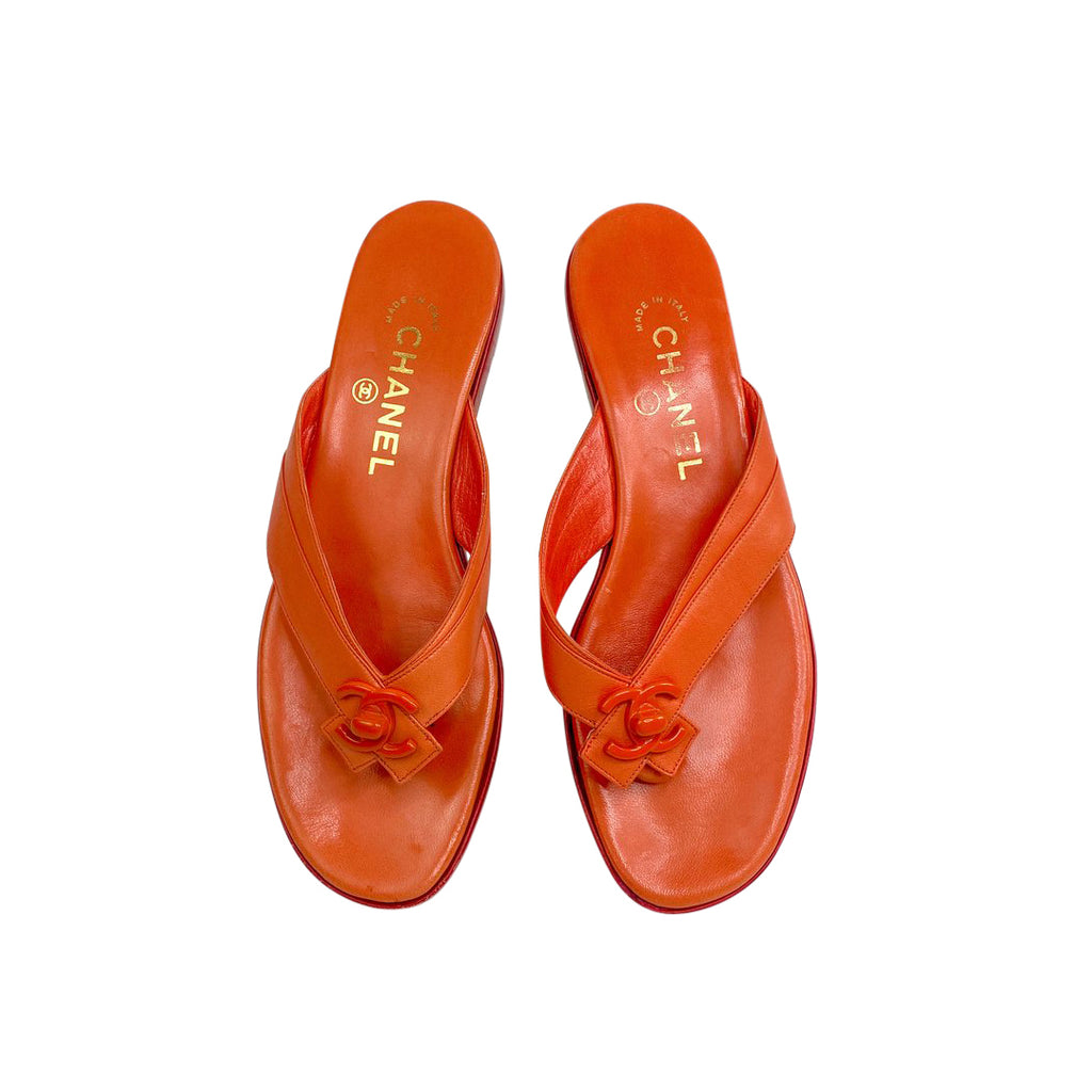chanel orange flipflops sandals