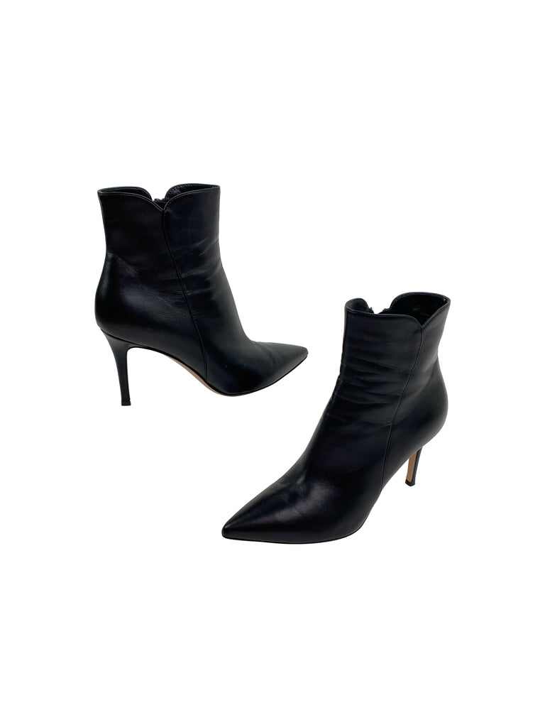 gianvito rossi black leather heels booties