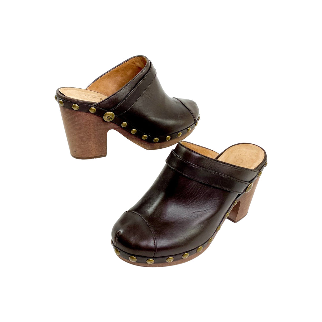 chanel clogs mules brown leather