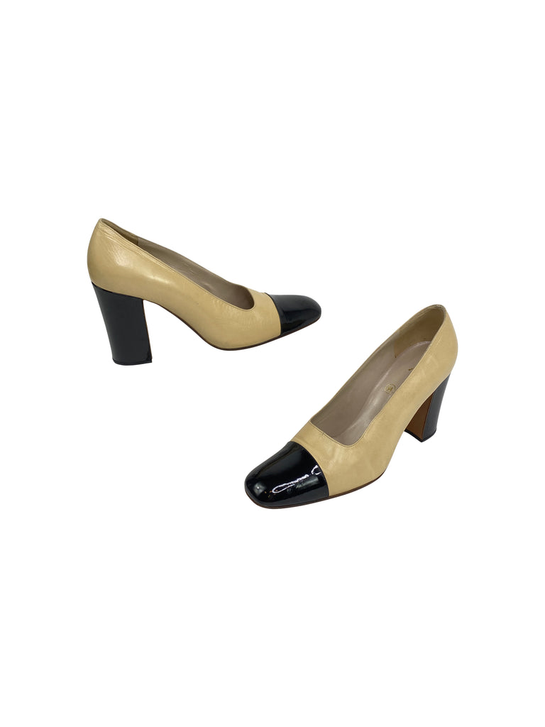 chanel square toe pumps heels nude black