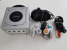 Load image into Gallery viewer, Nintendo GameCube Console - Silver / Platinum Nintendo GameCube