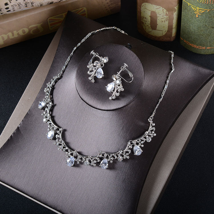 'Norwich' Necklace and Earring Set - The Royal Look For Less