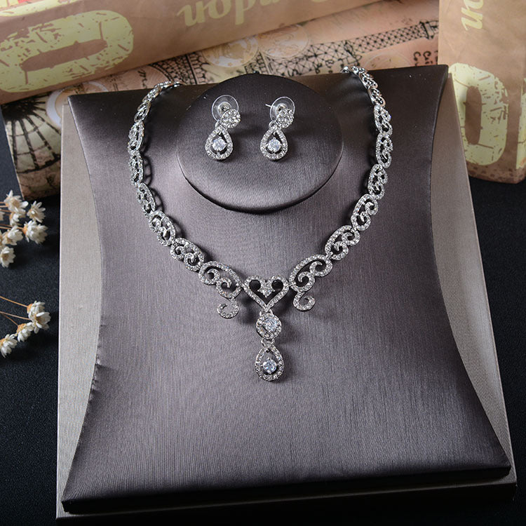 'Wells' Necklace & Earring Set - The Royal Look For Less