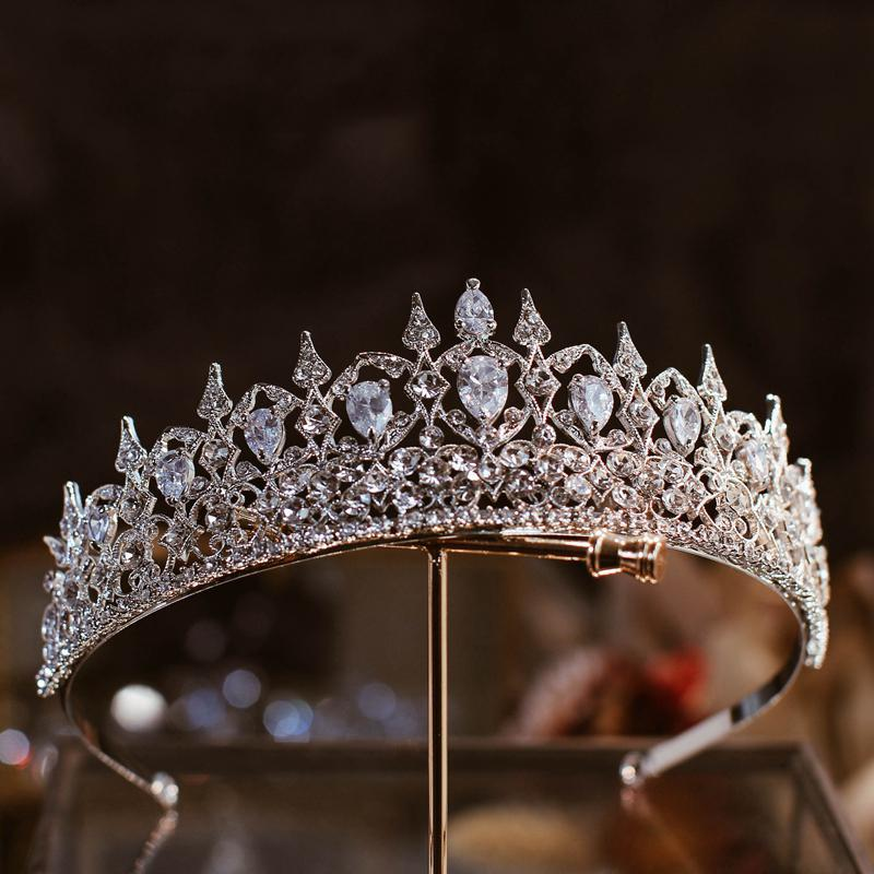 The Fife Tiara Replica - The Royal Look For Less