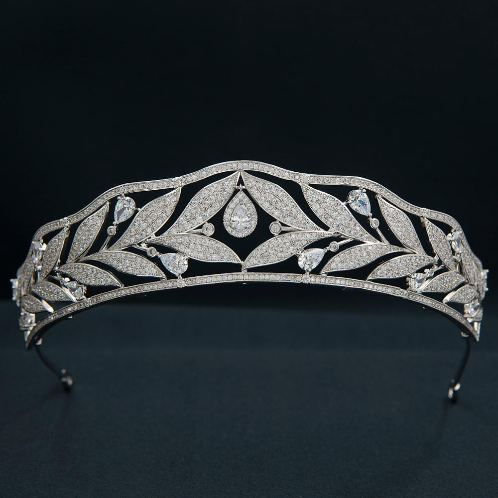 Bárcena Tiara - The Royal Look For Less