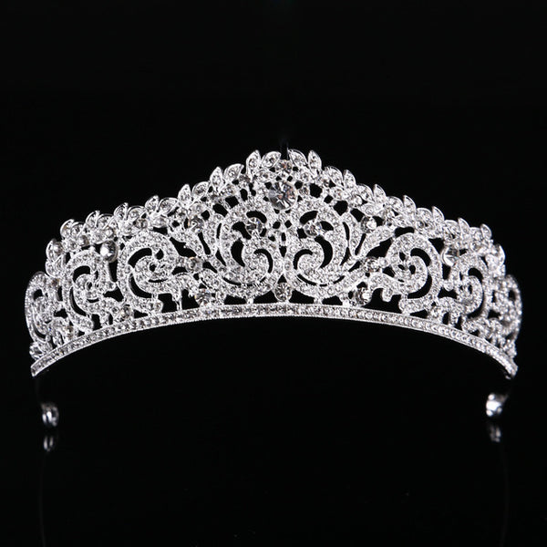 The Louise Tiara - The Royal Look For Less